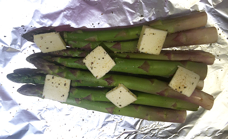 grilled garlic pepper asparagus
